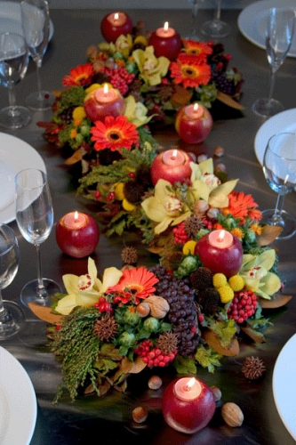 Decoration with colorful apples for Apple decoration ideas
