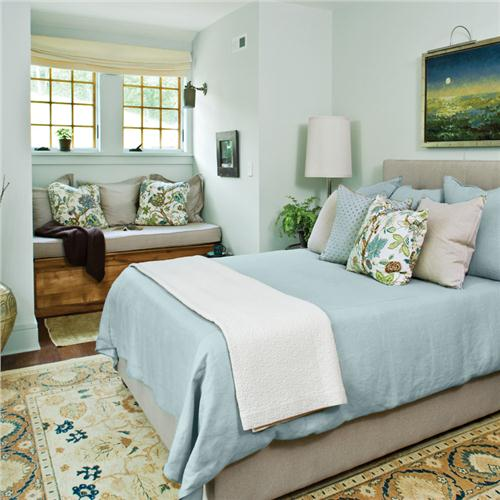 Ideas for spring decorations home for Blue guest bedroom ideas