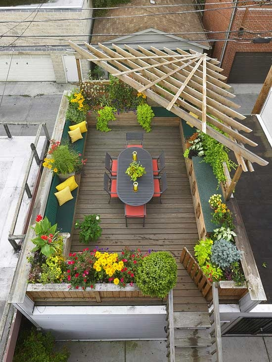 Beautiful roof garden - paradise under the sky